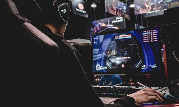 Tips to Become a Pro Gamer (Improve Your Gaming Skills)